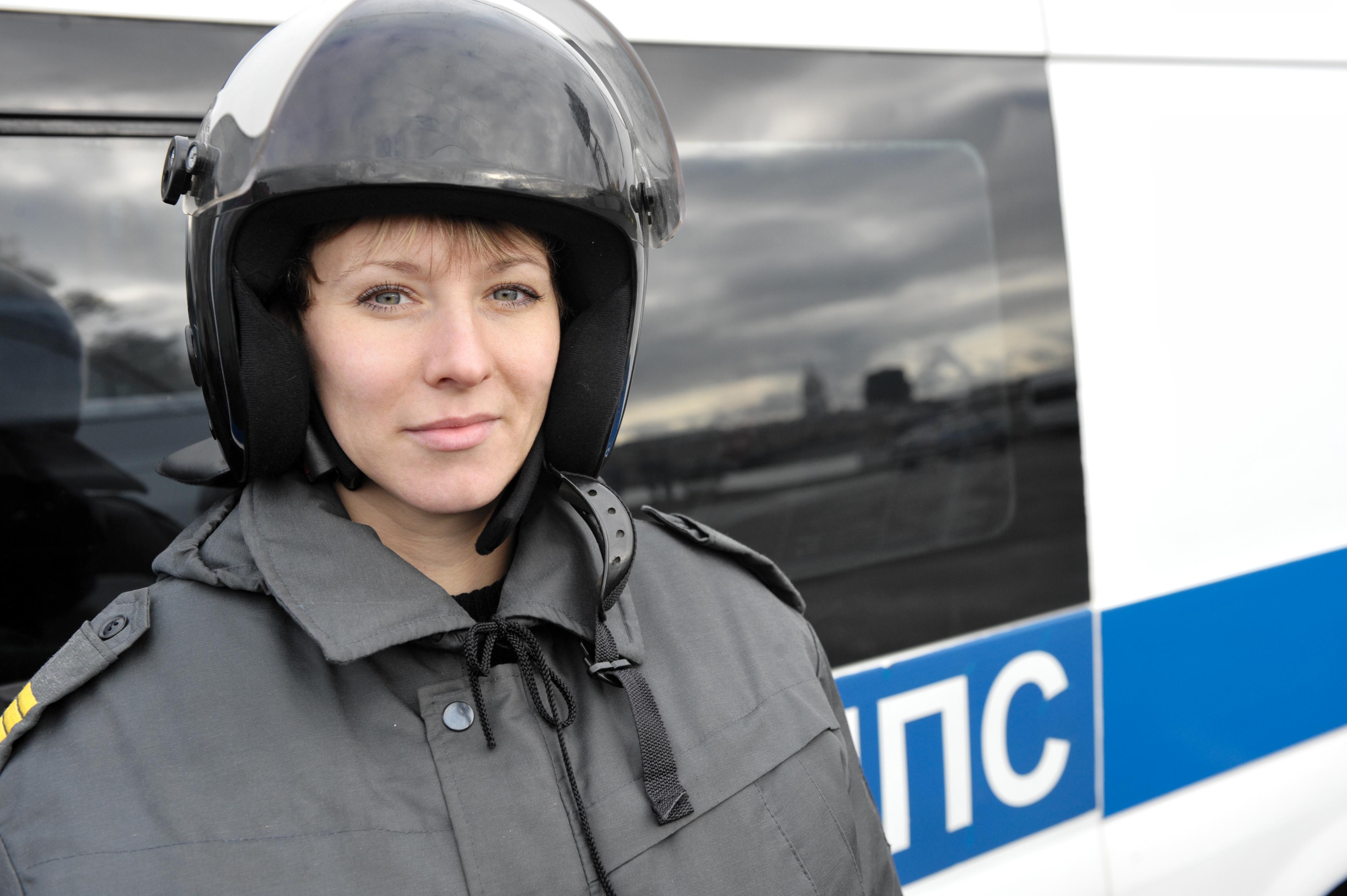 Фотогалерея женщин полицейских 10 фотография